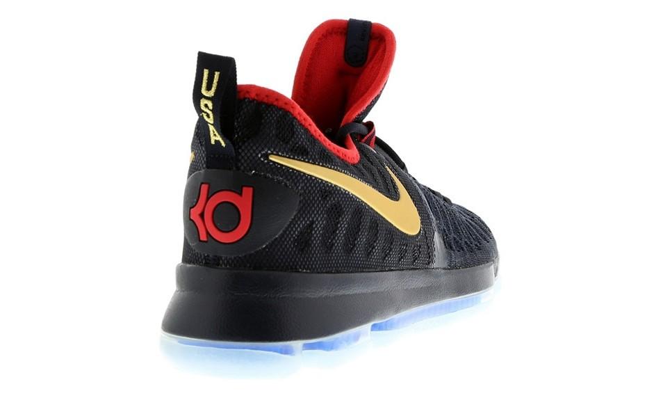 冠军还未到手,Nike 就先为美国男篮推出了一个冠军系列