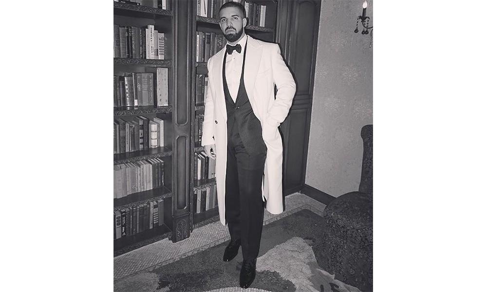 这太八卦了:看看 Drake 和 J Lo 第一回约会怎么穿的