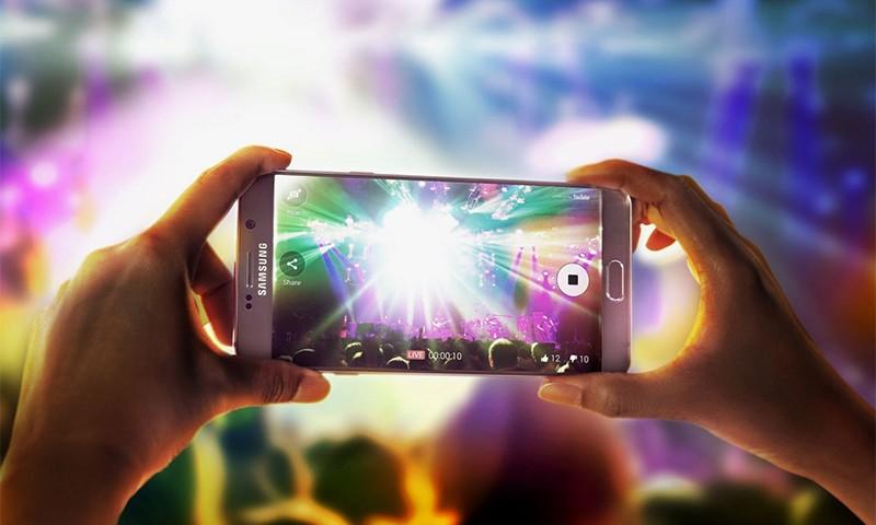 SAMSUNG 或将于 Galaxy Note 8 中采用 4K 级显示屏