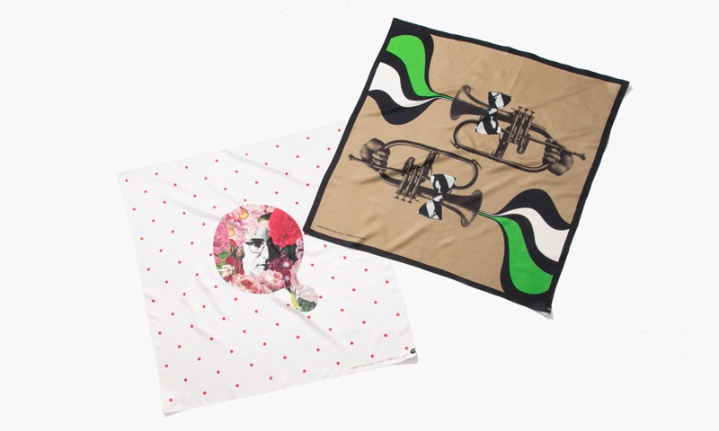 Bill Evans 的唱片被 UNDERCOVER 制成了丝巾