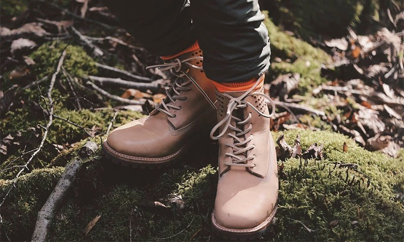 SHIPS JET BLUE 联手 Timberland 打造联乘款 6-Inch Boot