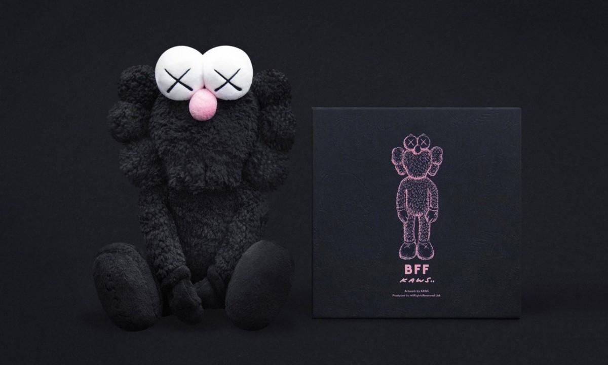 KAWS 明日再次限量发售 BLAKCK BFF PLUSH 玩偶