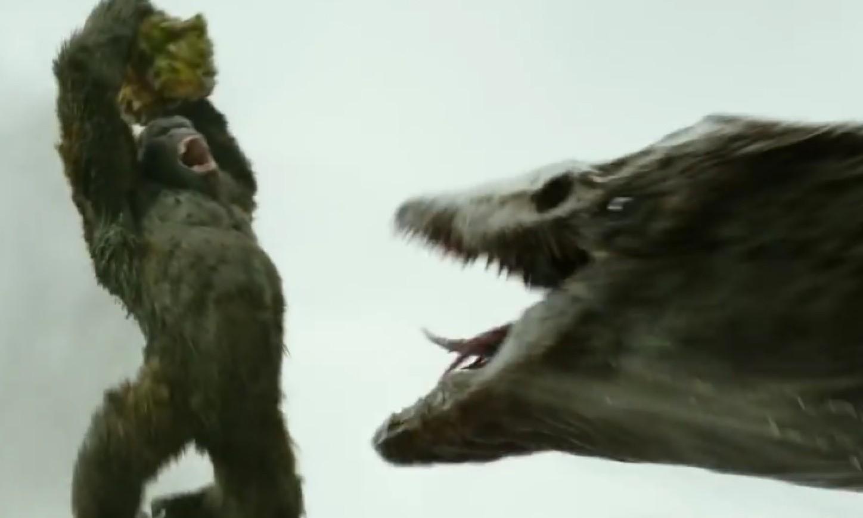 《金刚:骷髅岛》新片段:金刚大战远古巨兽释出