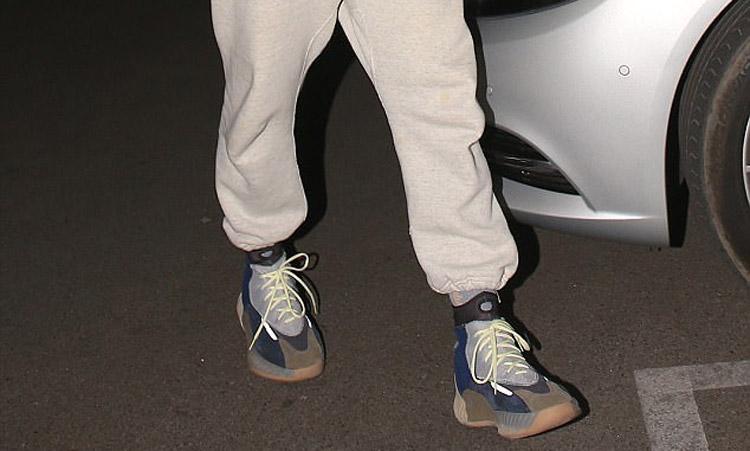 NBA 新赛季亮相!Kanye West 预告 Yeezy 篮球鞋将于今年登场