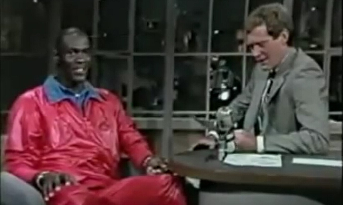 "767ae414be5d Air Jordan 1 也曾遭""吐槽"",Michael Jordan 早年做客David Letterman 节目片段"