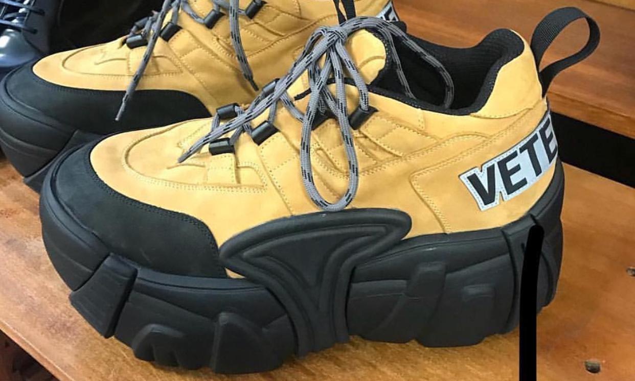 VETEMENTS 又刷新了丑鞋的极限