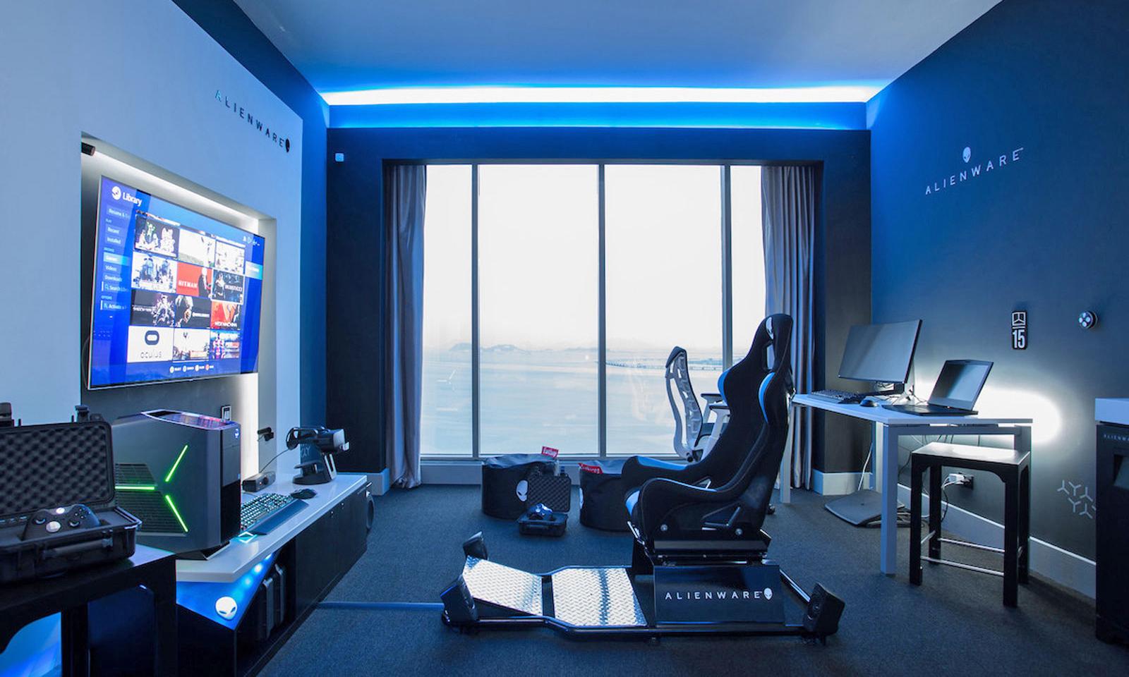 Hilton 酒店携手 ALIENWARE 打造电竞主题套房