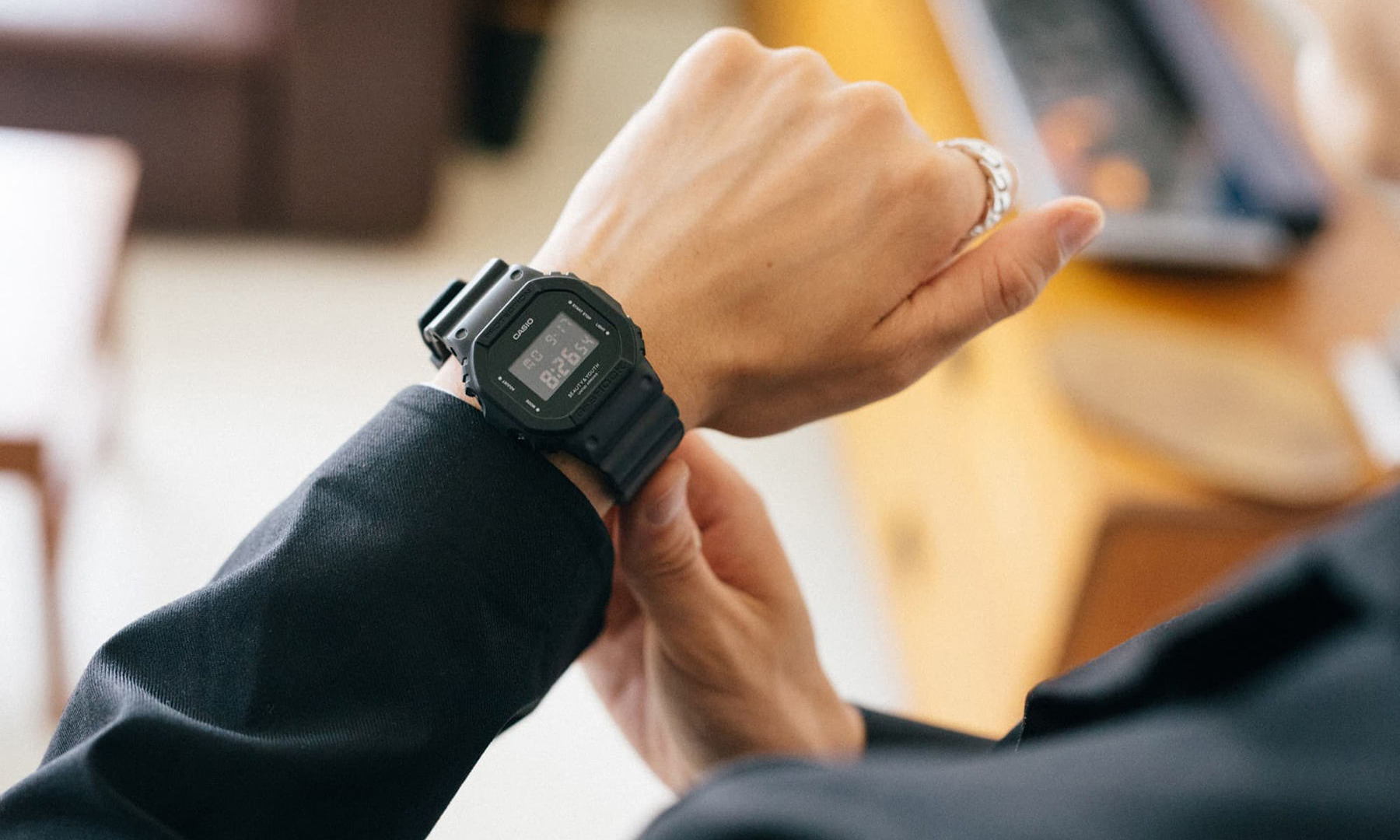 一周七天的搭配选择,BEAUTY & YOUTH x G-SHOCK 联乘款腕表释出