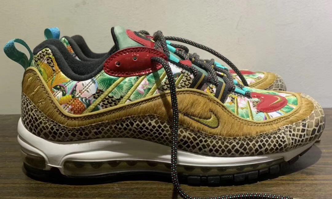 "疑似 Nike Air Max 98 ""中国年"" 设计谍照曝光"