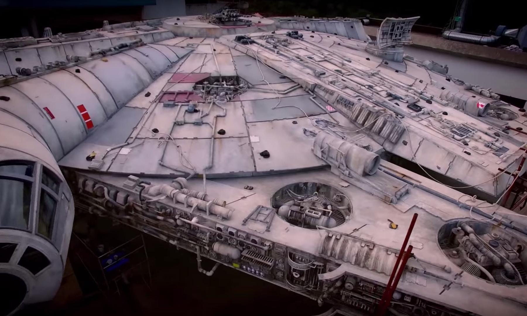 在迪士尼《星球大战》主题公园中你将可以驾驶千年隼