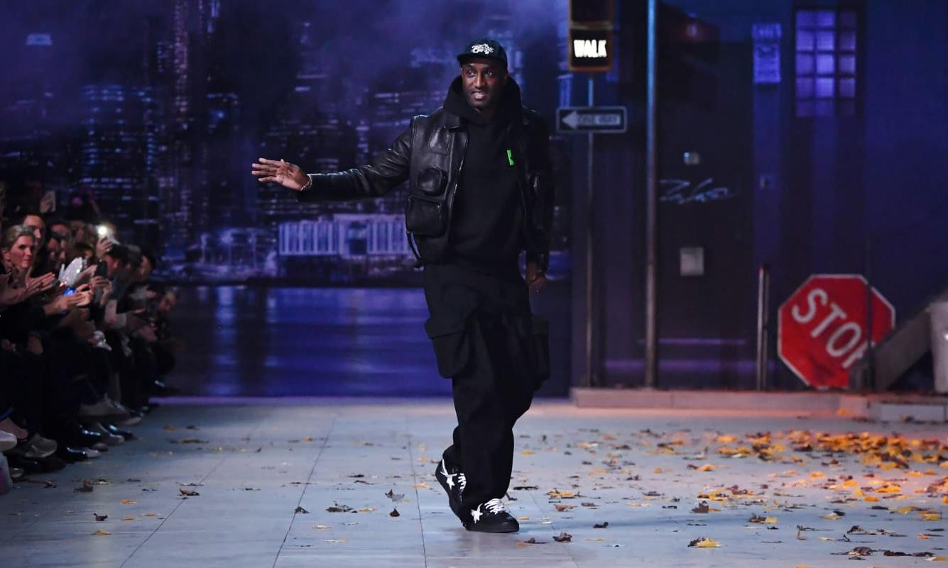 """""""同款"""" 风格,Virgil Abloh 在 LV 秀场穿着的 Off-White™ x BAPESTA 曝光"""