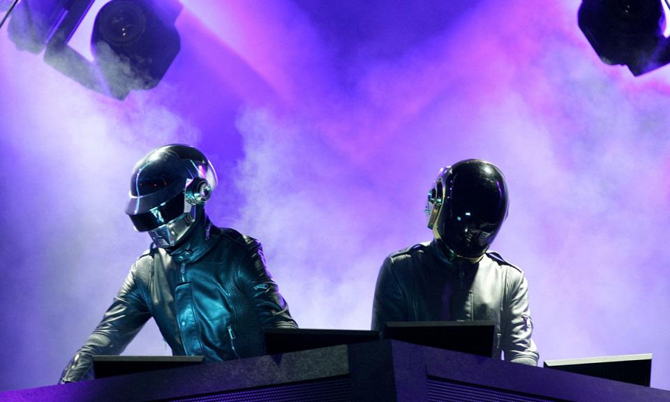 Daft Punk 将在巴黎举办《Technologic》展览