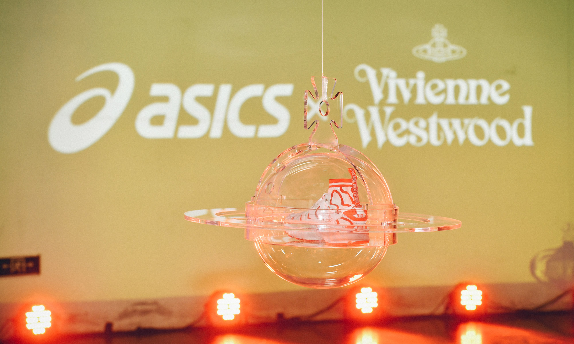 """ASICS 携手 Vivienne Westwood 共同举办 """"DARE TO BE DIFFERENT"""" 预览会"""
