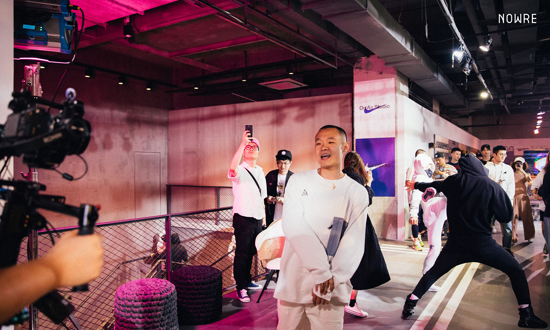 在 Nike On Air Studio 拍摄一镜到底 MV,是什么体验?