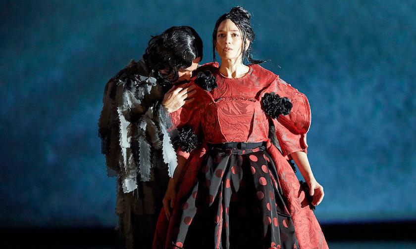 川久保玲执导造型,《Orlando》舞台剧正式登台首演