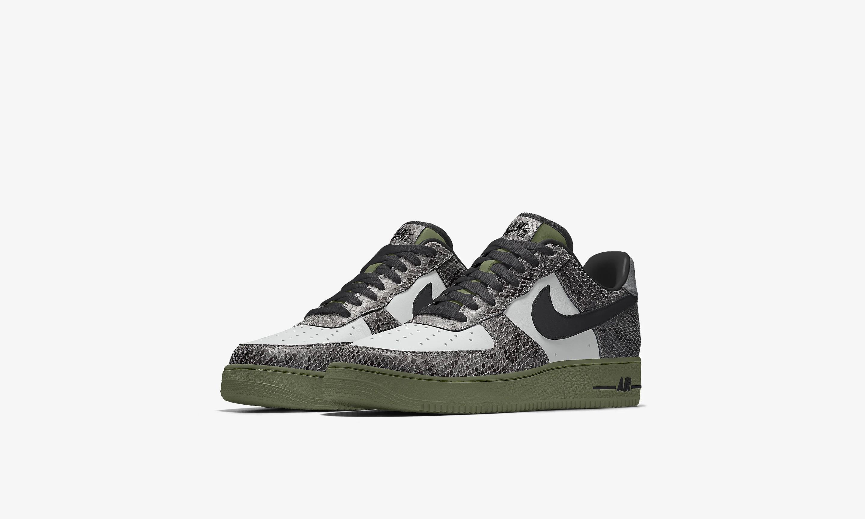 Nike 官网为 Air Force 1 推出蛇皮纹定制选项