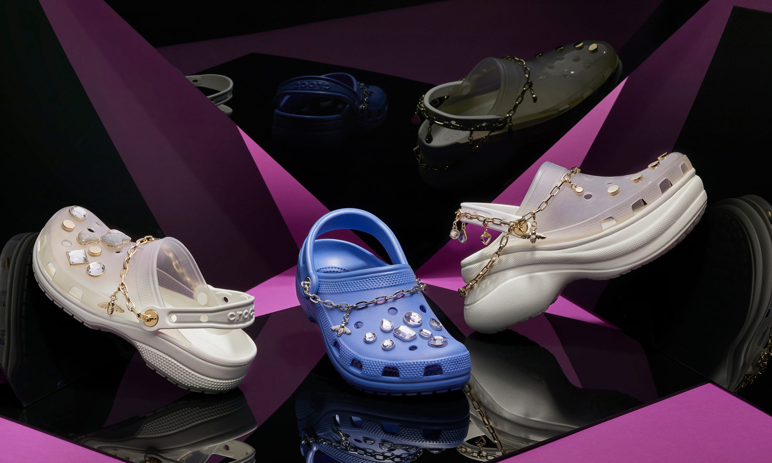 Crocs 推出杨幂特别定制款洞洞鞋