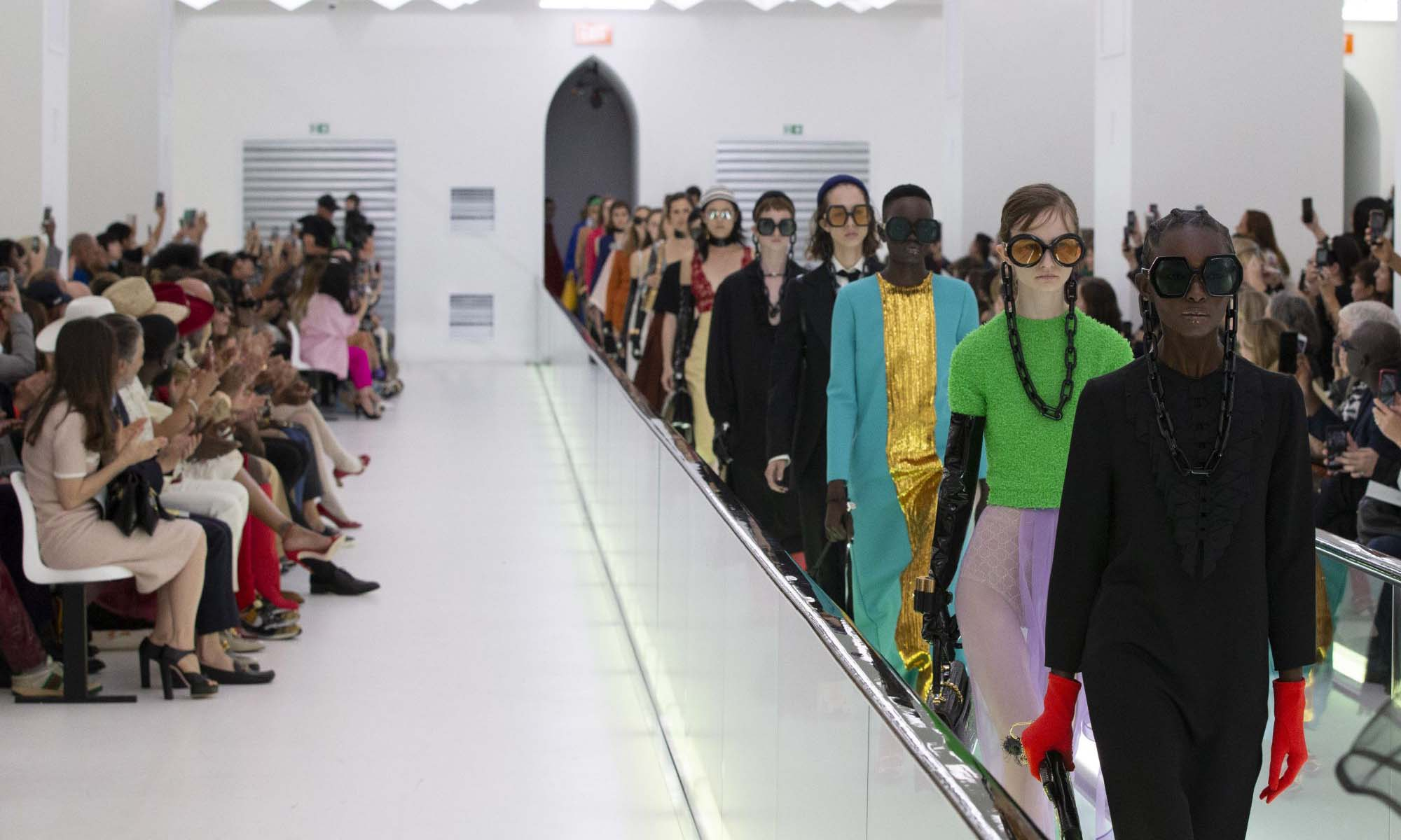 Gucci 宣布将时装大秀改为一年两次发布