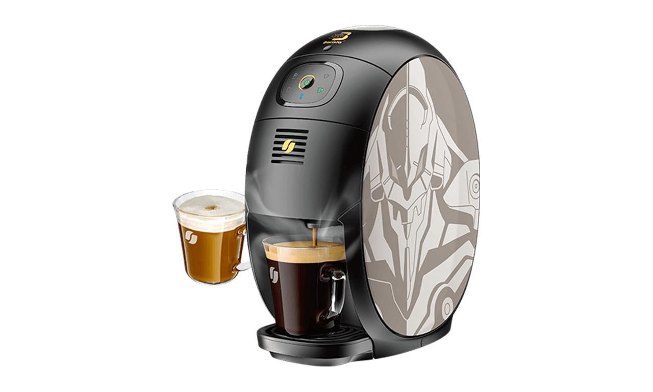 雀巢推出《新世纪福音战士》联名咖啡机
