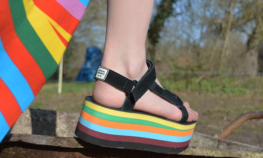 Teva x OPENING CEREMONY 全新联乘凉鞋系列