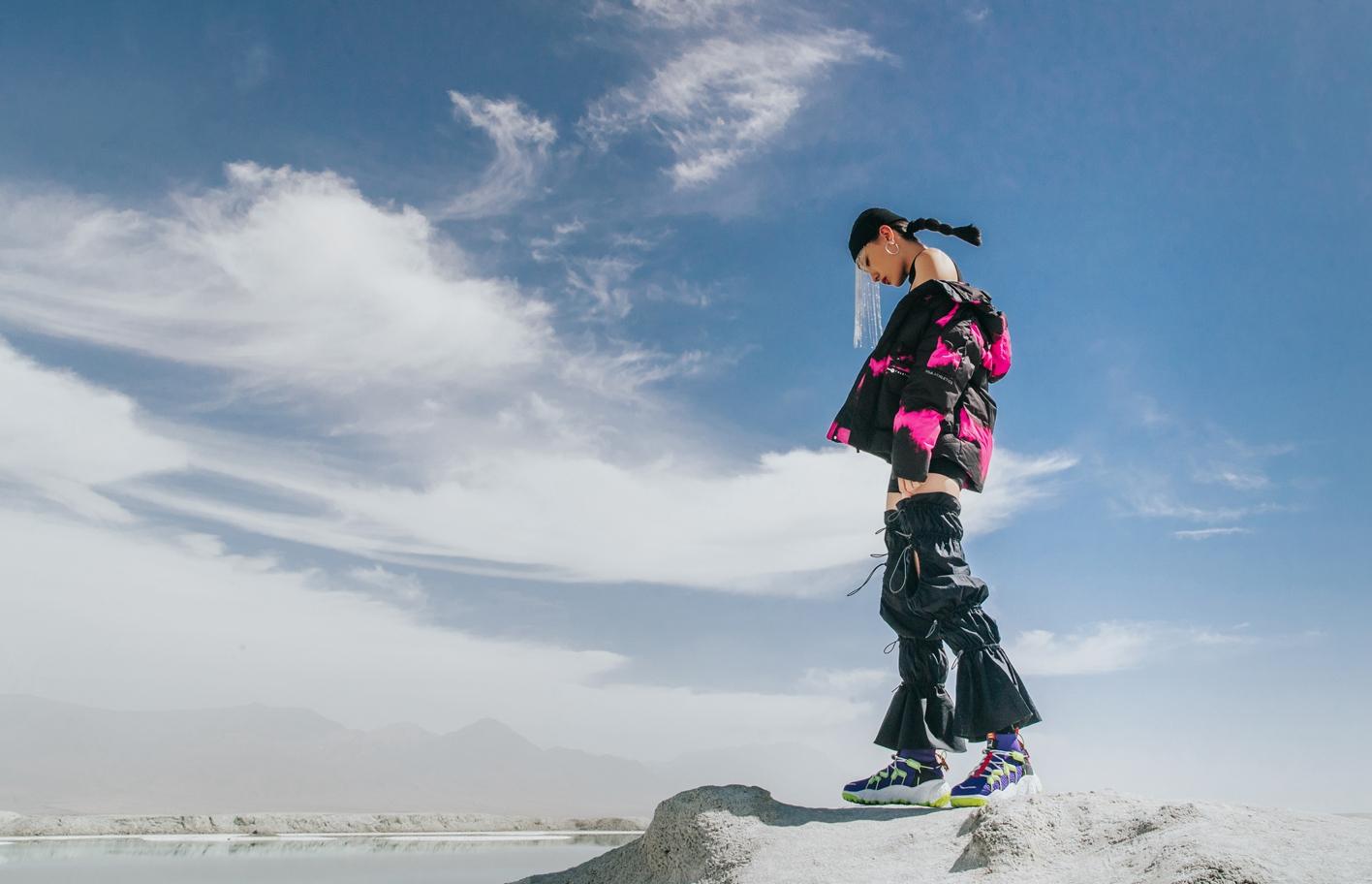 FILA Apennines 把「户外时尚」和「山脉灵感」融合呈现在一双鞋上了…