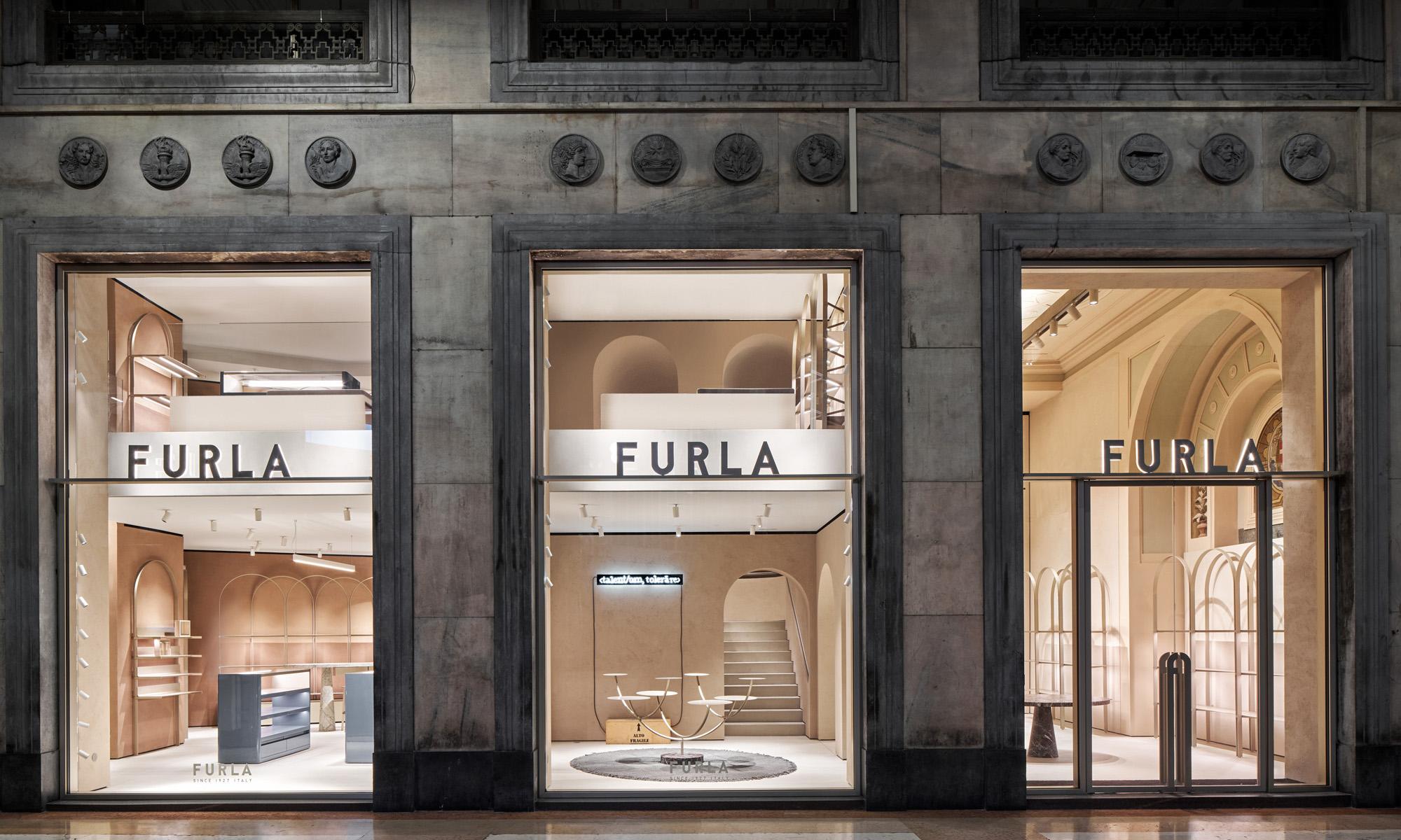 FURLA 米兰 Piazza Duomo 旗舰店焕新拓店重启开幕
