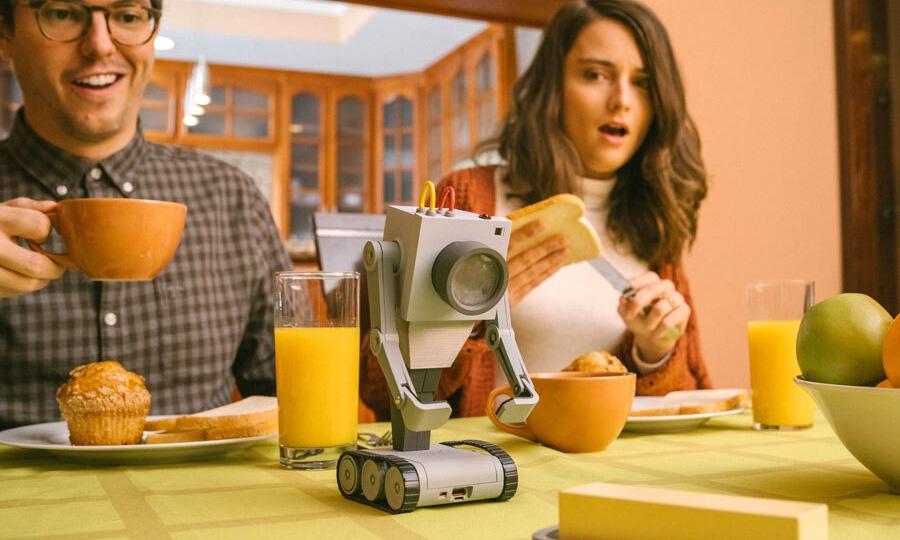 「Pass the butter!」,你也可以拥有《瑞克和莫蒂》同款黄油机器人