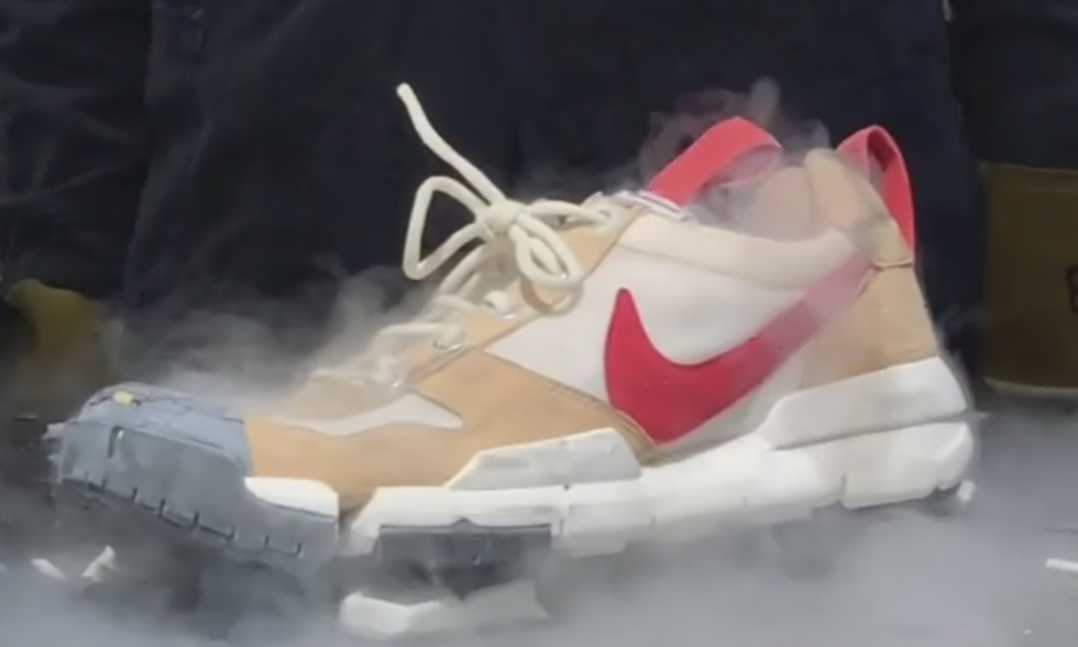 想要 Tom Sachs x Nike Mars Yard 2.5 吗?机会来了