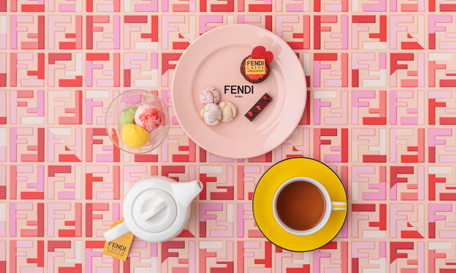 清新草莓季,FENDI x Aniversel Cafe 合作咖啡馆推出情人节限量菜单