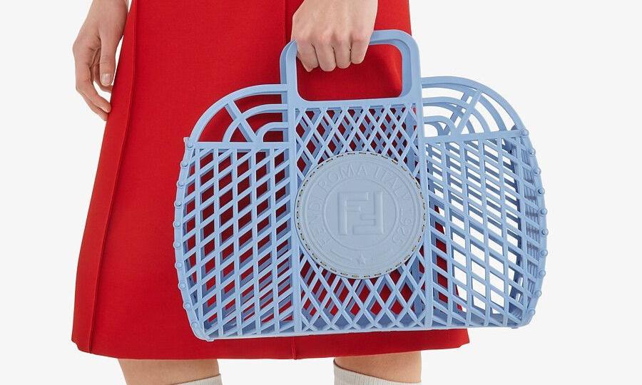 回归童年时代,FENDI 推出 2021 夏季新品包袋系列