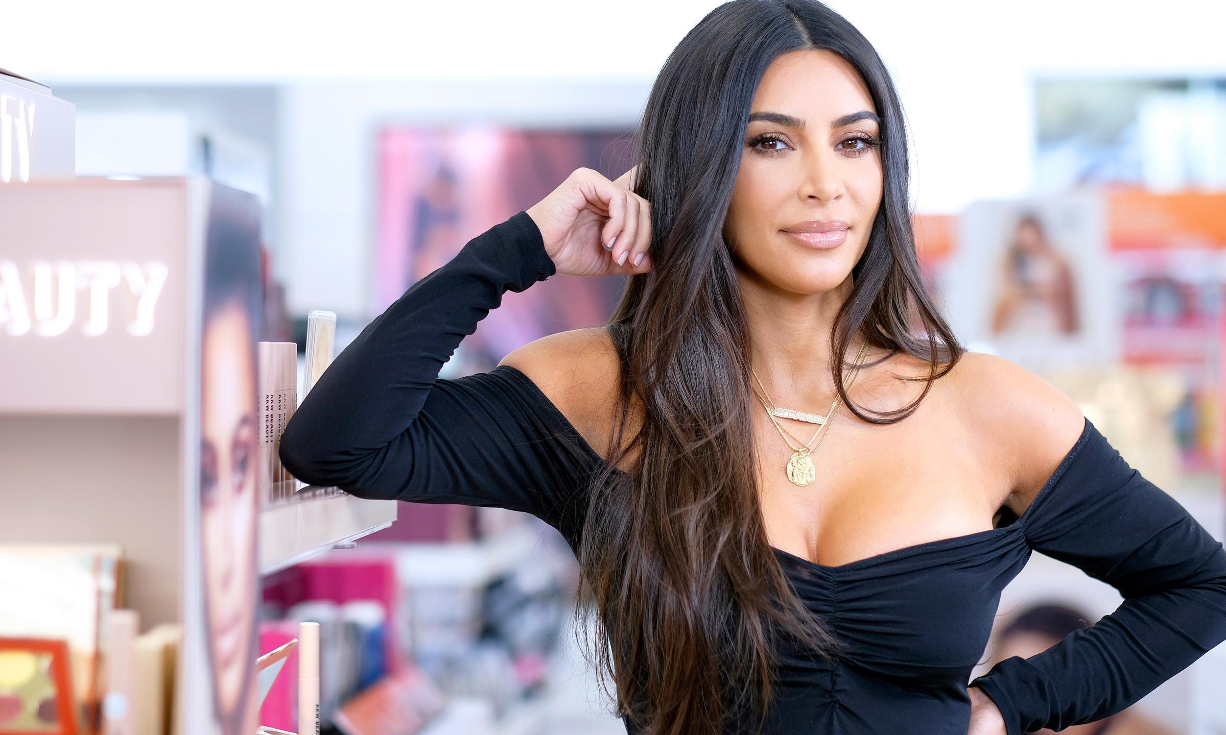 身家涨至 10 亿美元后,卡戴珊还计划推出新美妆品牌