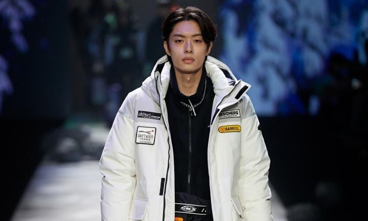 SKECHERS 斯凯奇于上海时装周发布「奇」幻大秀