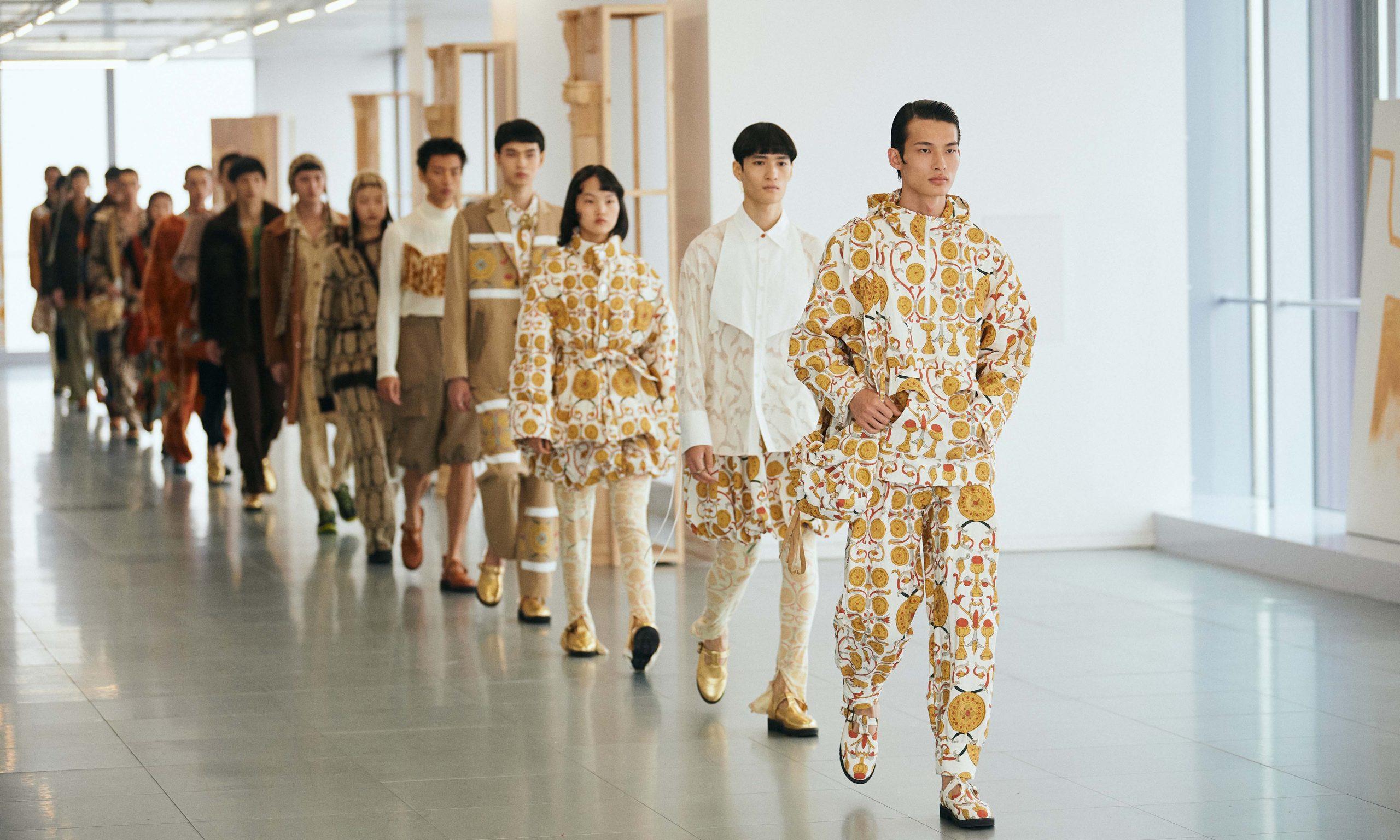 通过时装,GARÇON BY GARÇON 将「公元前 5 世纪的古典文化」带到了今天