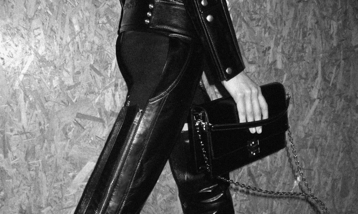 Givenchy 发布新款 4G 系列手袋