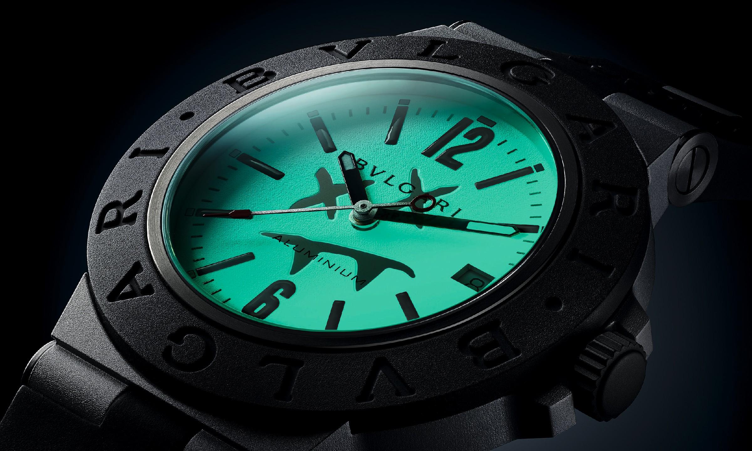 Steve Aoki 设计的 BVLGARI 腕表,要不要来看看?