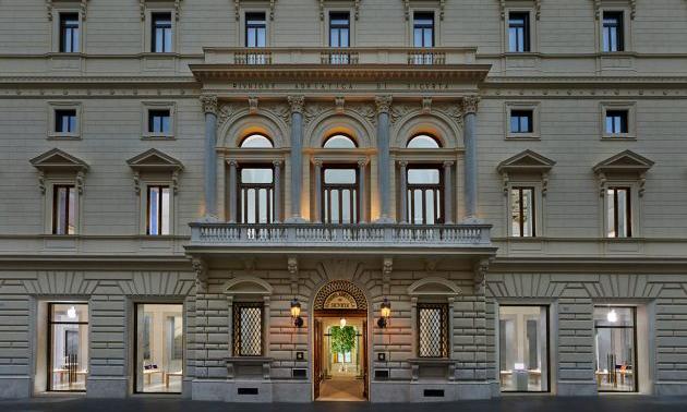 坐落在 19 世纪罗马宫殿中,苹果开设全新意大利门店