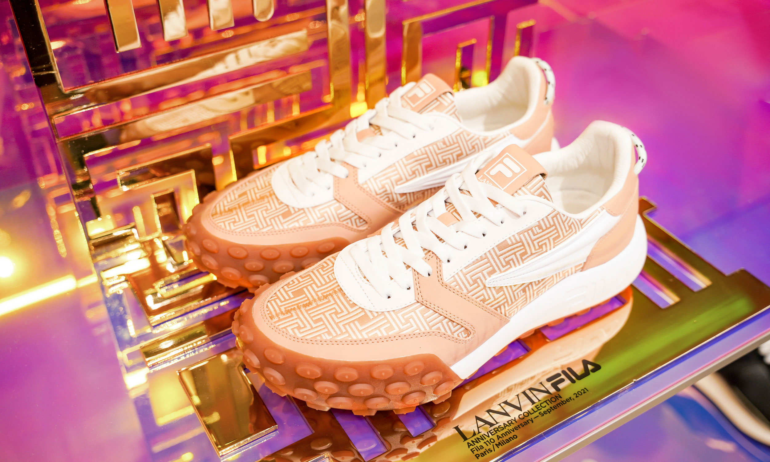 FILA x LANVIN 联名系列鞋款 GARA 发布