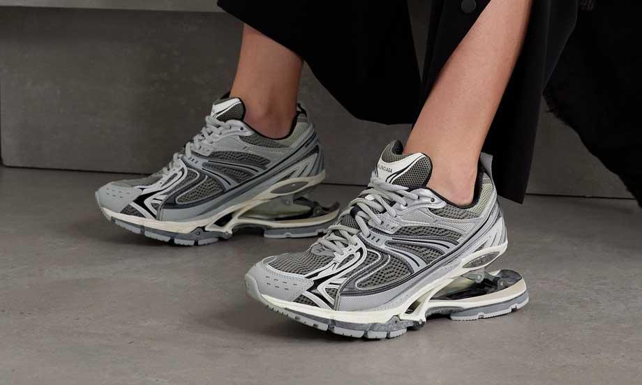 这是 BALENCIAGA 下一双爆款球鞋?