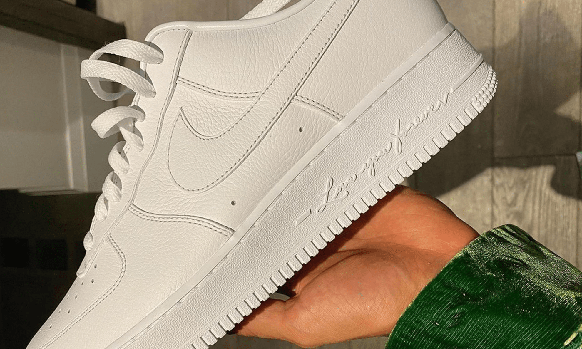 Drake x Nike Air Force 1 Low 「Certified Lover Boy」预告图释出