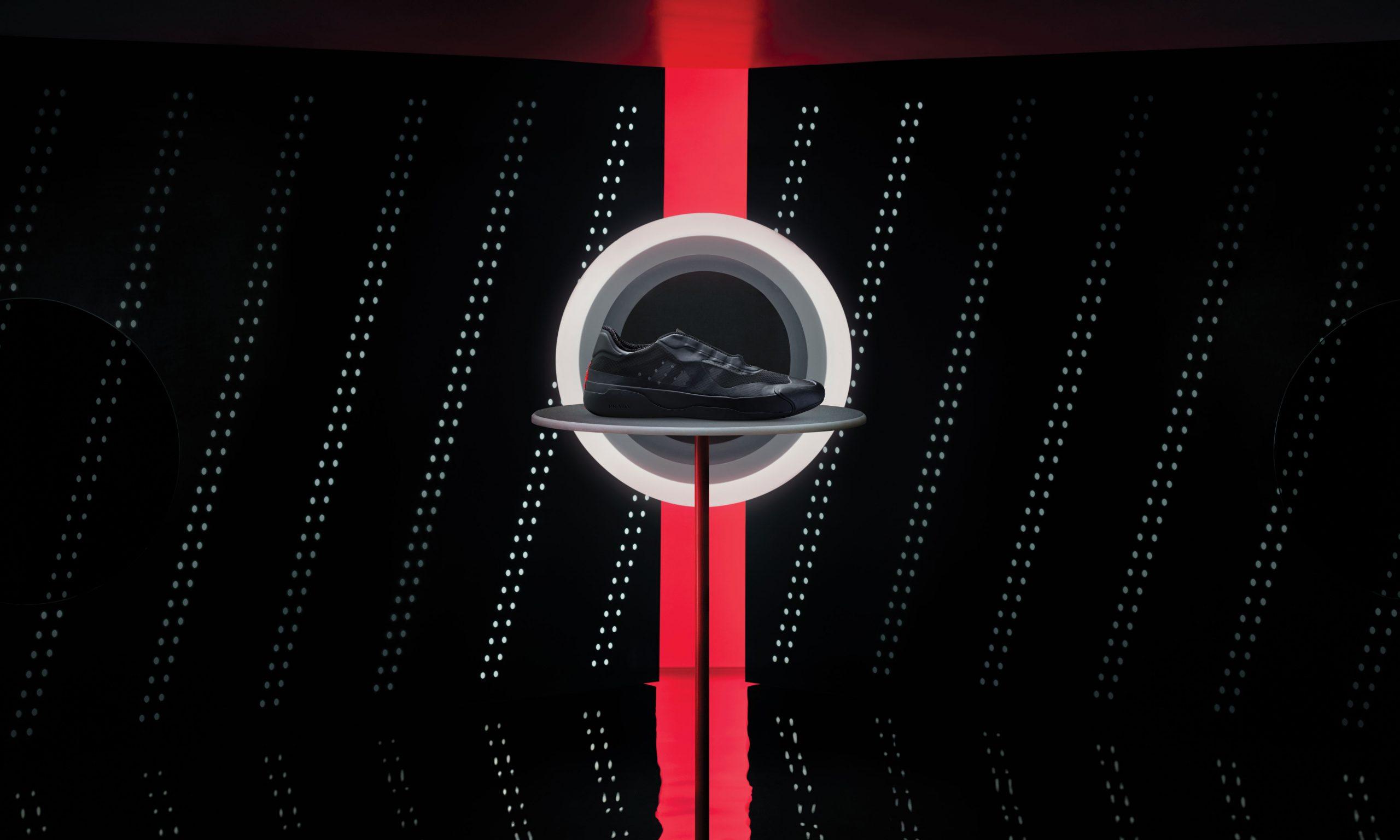 adidas 联手 PRADA 推出 A+P LUNA ROSSA 21 新配色
