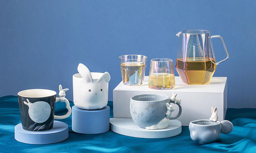 Starbucks 推出中秋节限定水杯套装系列