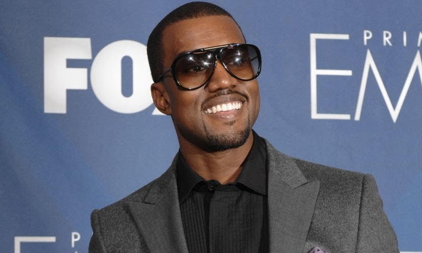 Kanye West 疑似进军家具产业