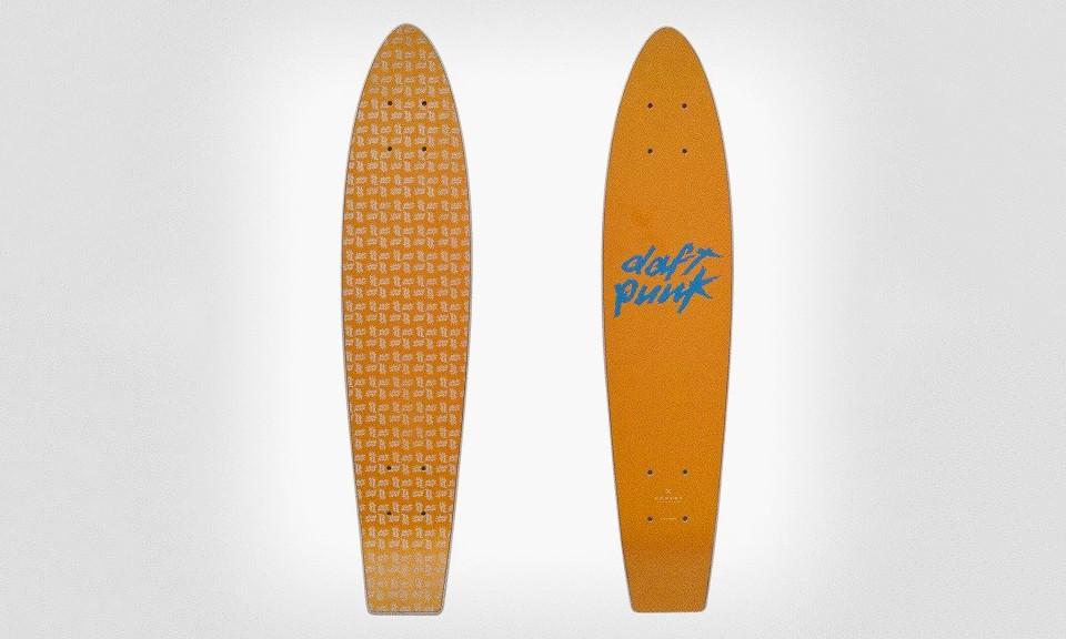 Daft Punk 推出限量「Da Funk」滑板系列